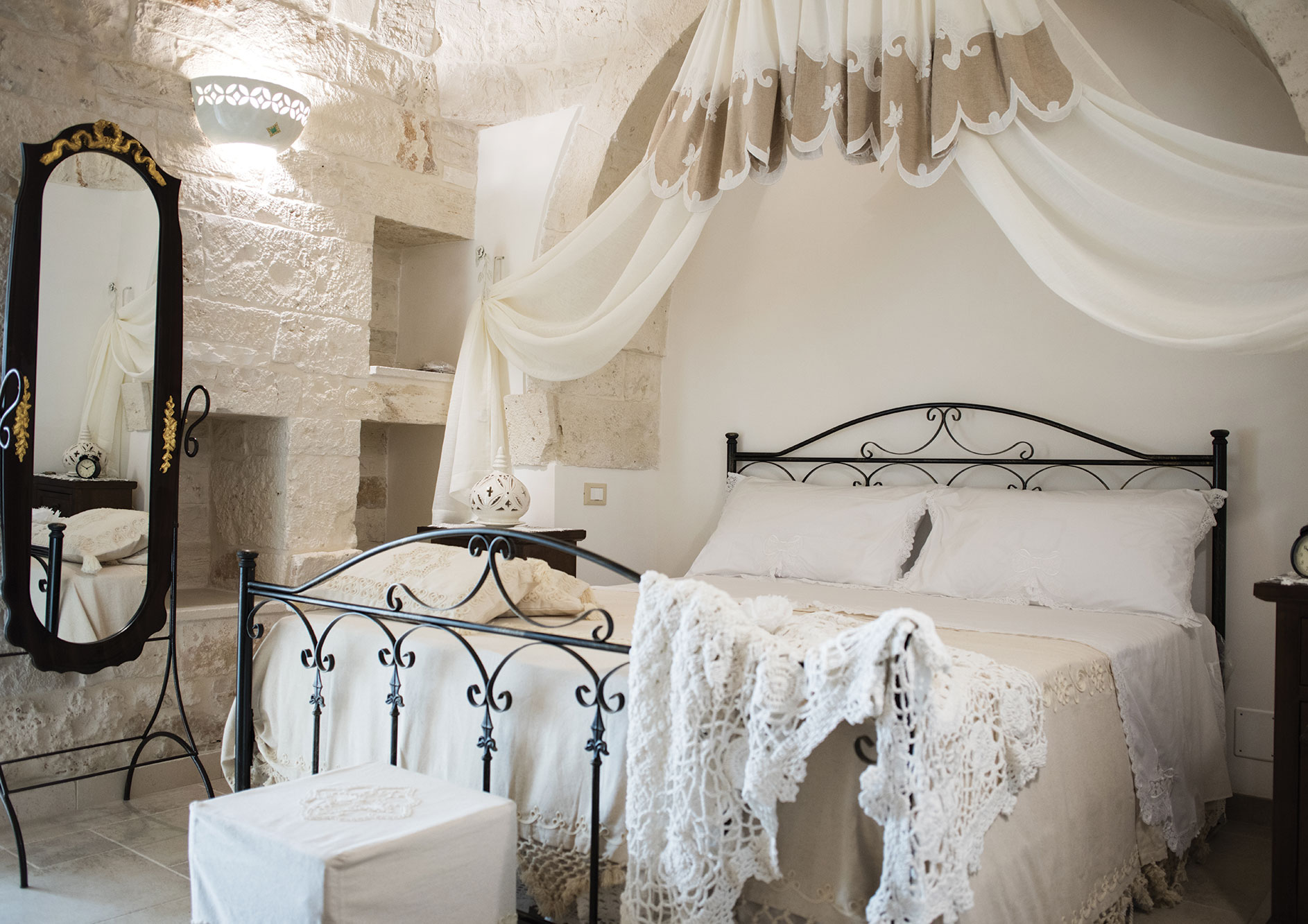 Sleep in Trullo Puglia Holiday Home